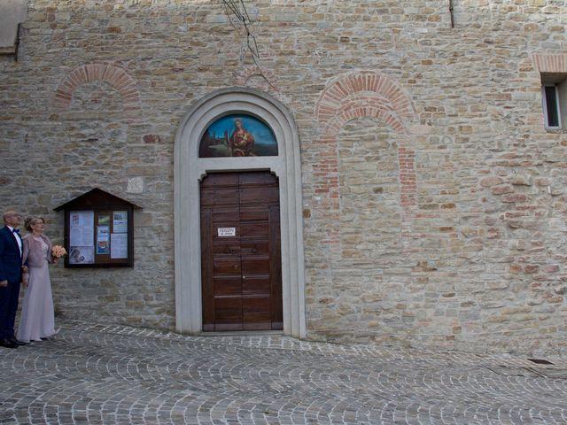 Il matrimonio di Nevio e Gloriana a San Marcello, Ancona 7