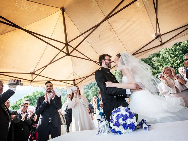 Il matrimonio di Marco e Valeria a Sarnico, Bergamo 25
