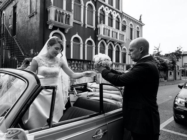 Il matrimonio di Nicola e Erika a Lido di Venezia, Venezia 16