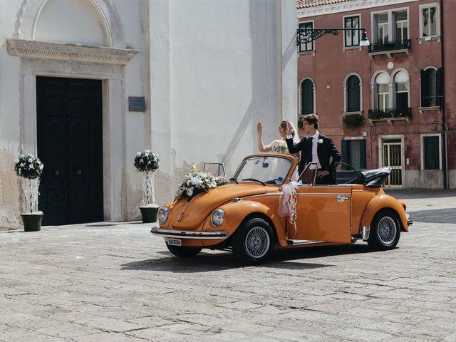 Il matrimonio di Nicola e Erika a Lido di Venezia, Venezia 35