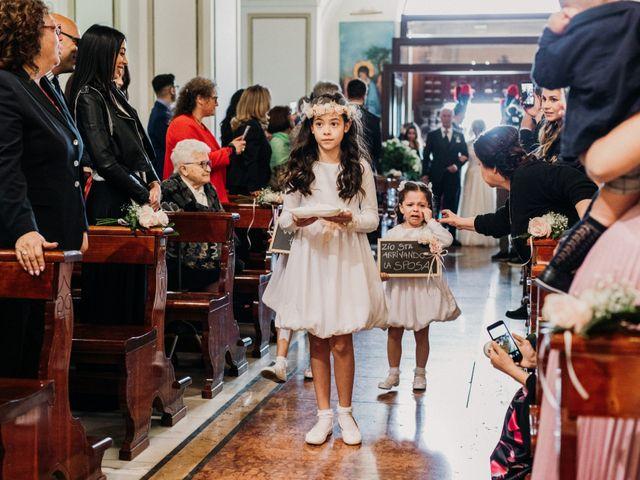 Il matrimonio di Raffaele e Valentina a Bacoli, Napoli 12