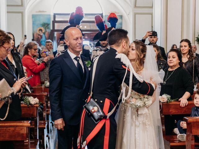 Il matrimonio di Raffaele e Valentina a Bacoli, Napoli 13