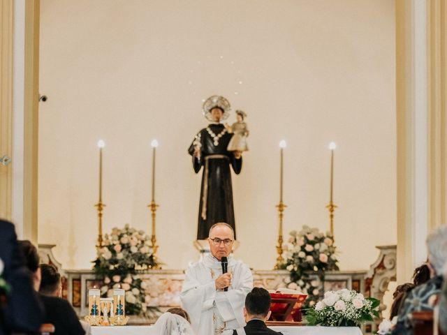 Il matrimonio di Raffaele e Valentina a Bacoli, Napoli 15