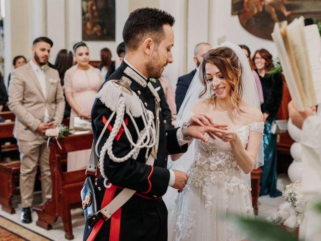 Il matrimonio di Raffaele e Valentina a Bacoli, Napoli 16