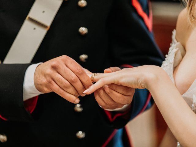 Il matrimonio di Raffaele e Valentina a Bacoli, Napoli 17