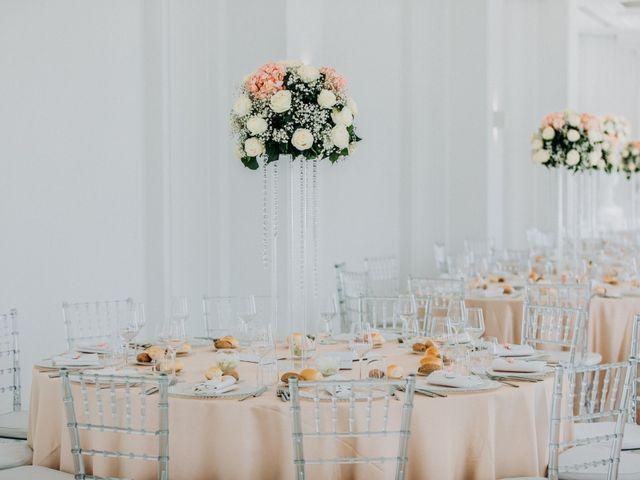 Il matrimonio di Raffaele e Valentina a Bacoli, Napoli 26