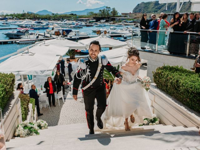 Il matrimonio di Raffaele e Valentina a Bacoli, Napoli 27