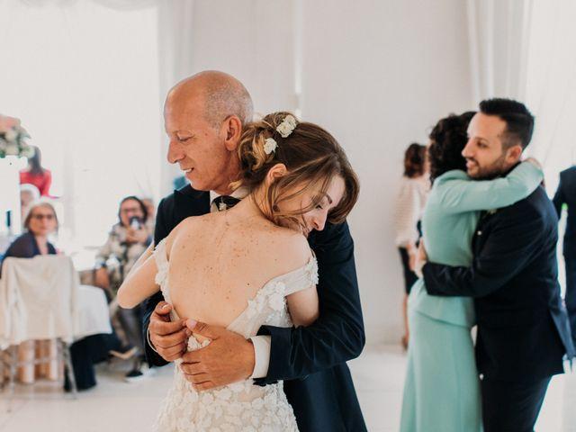 Il matrimonio di Raffaele e Valentina a Bacoli, Napoli 29