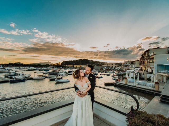 Il matrimonio di Raffaele e Valentina a Bacoli, Napoli 3