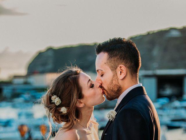 Il matrimonio di Raffaele e Valentina a Bacoli, Napoli 31