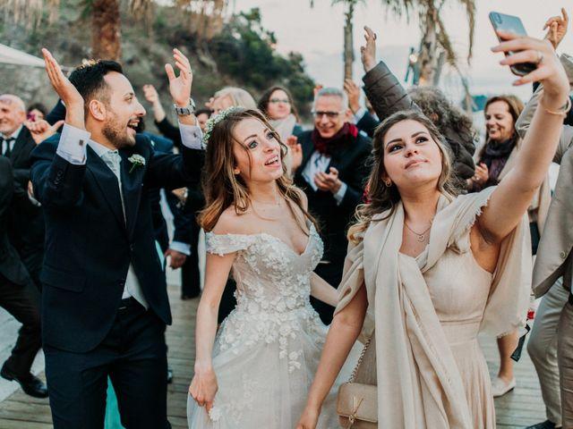 Il matrimonio di Raffaele e Valentina a Bacoli, Napoli 33