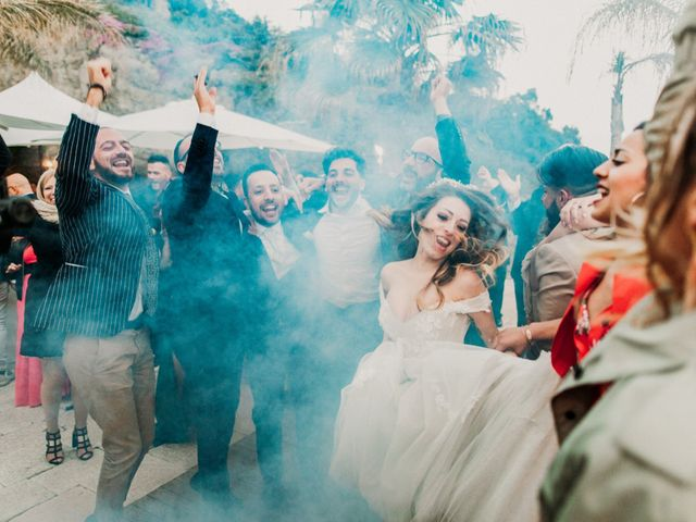 Il matrimonio di Raffaele e Valentina a Bacoli, Napoli 35
