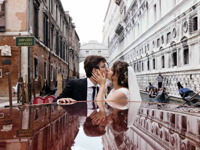 Il matrimonio di Nicola e Erika a Lido di Venezia, Venezia 39