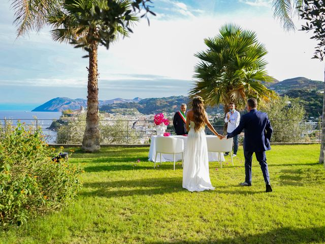 Il matrimonio di Stefano e Irene a Lipari, Messina 9