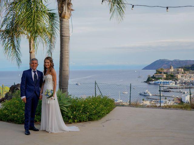 Il matrimonio di Stefano e Irene a Lipari, Messina 10