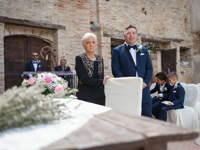 Il matrimonio di Francesco e Serena a Orsogna, Chieti 17