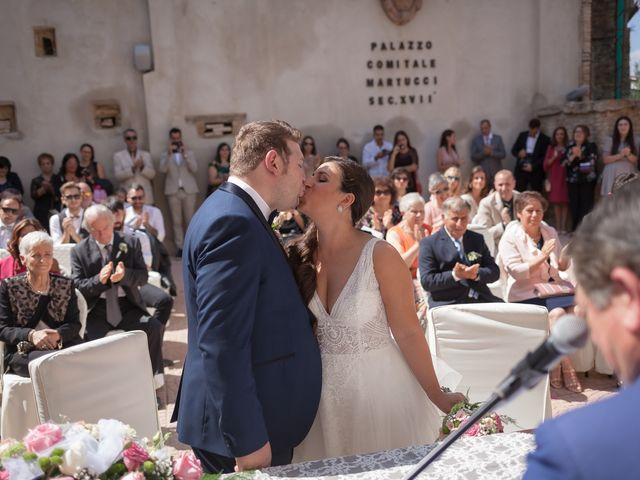 Il matrimonio di Francesco e Serena a Orsogna, Chieti 31