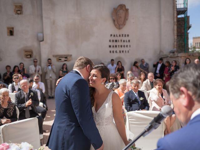 Il matrimonio di Francesco e Serena a Orsogna, Chieti 32