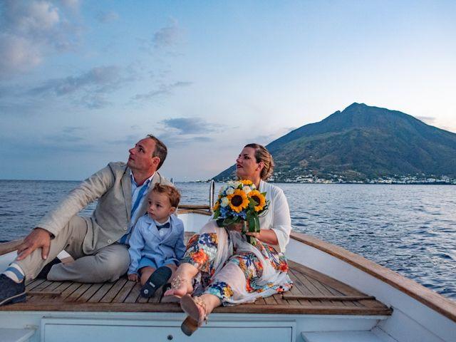Il matrimonio di Paolo e Elisa a Stromboli, Messina 1