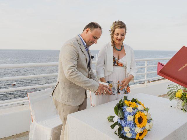 Il matrimonio di Paolo e Elisa a Stromboli, Messina 15
