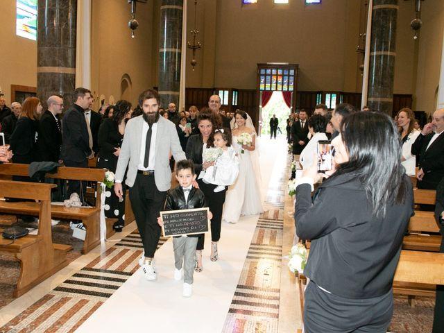 Il matrimonio di Andrea e Veronica a Verano Brianza, Monza e Brianza 16