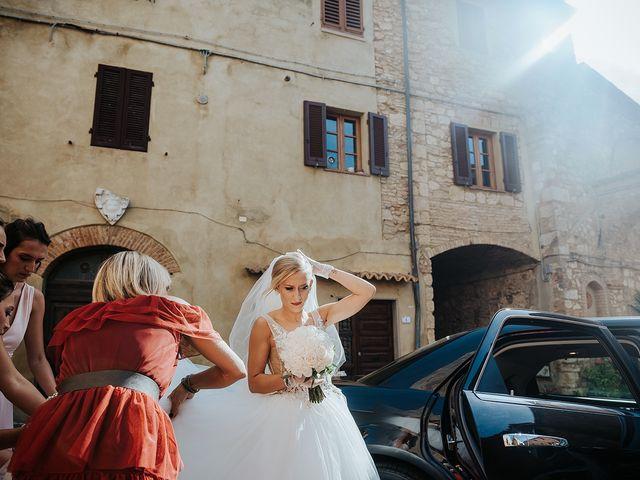Il matrimonio di Daniele e Sara a Guardistallo, Pisa 11