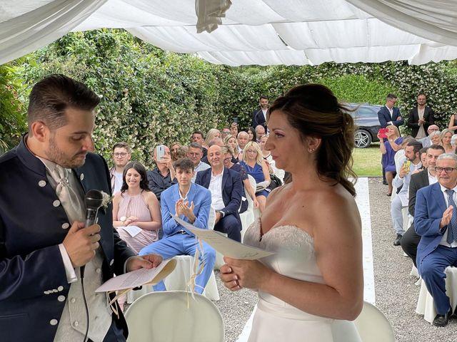 Il matrimonio di Maria e Alessio a Fino Mornasco, Como 10