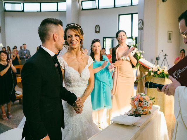 Il matrimonio di Andrea e Martina a Città Sant'Angelo, Pescara 12