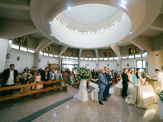 Il matrimonio di Andrea e Martina a Città Sant'Angelo, Pescara 44