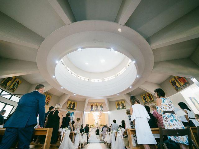 Il matrimonio di Andrea e Martina a Città Sant'Angelo, Pescara 45