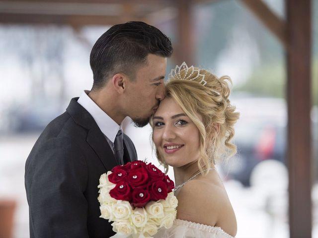 Il matrimonio di Ajoub e Amel a Turate, Como 24