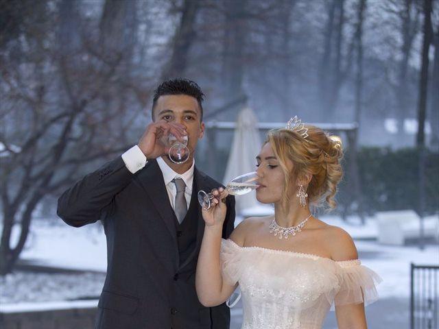 Il matrimonio di Ajoub e Amel a Turate, Como 32