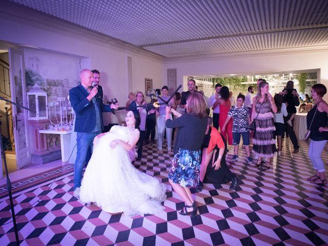 Il matrimonio di Davide e Isabella a Malnate, Varese 24