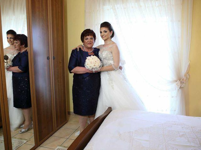 Il matrimonio di Francesco  e Maria Sarah  a Bagnara Calabra, Reggio Calabria 21