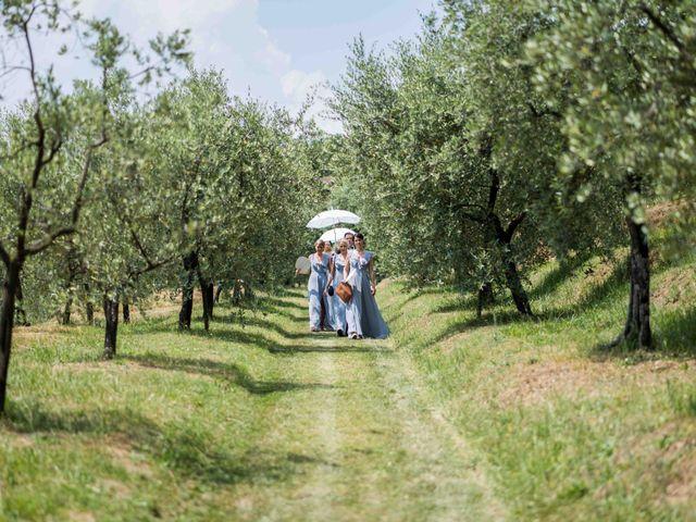 Il matrimonio di Carl e Lina a Barga, Lucca 38
