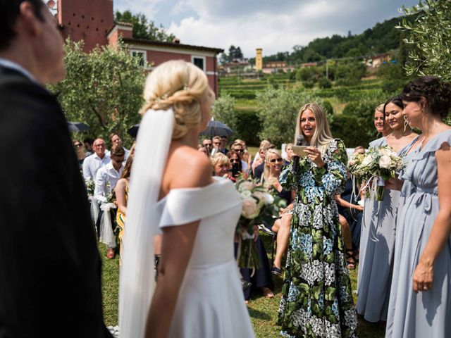 Il matrimonio di Carl e Lina a Barga, Lucca 48