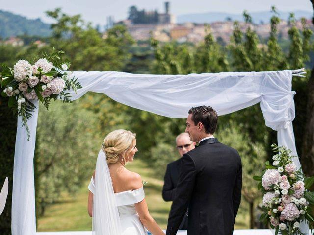 Il matrimonio di Carl e Lina a Barga, Lucca 51