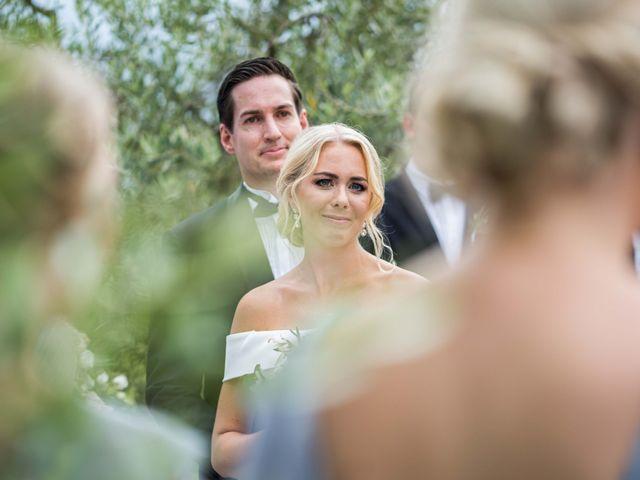 Il matrimonio di Carl e Lina a Barga, Lucca 53