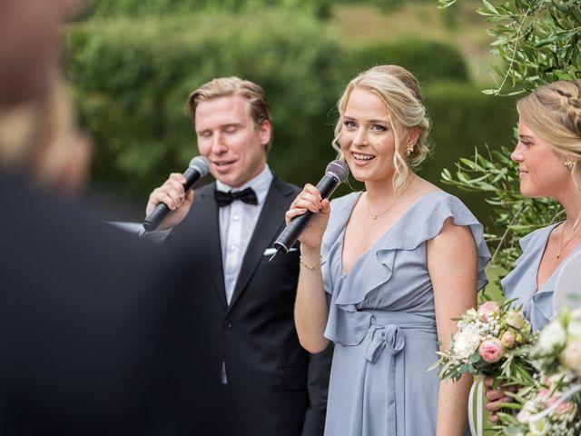 Il matrimonio di Carl e Lina a Barga, Lucca 54