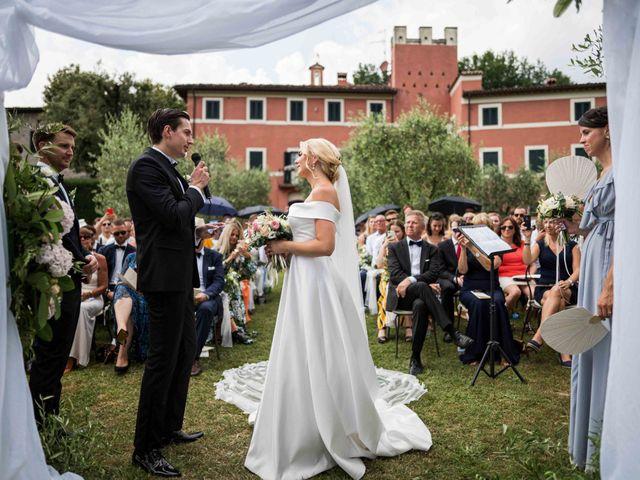 Il matrimonio di Carl e Lina a Barga, Lucca 61