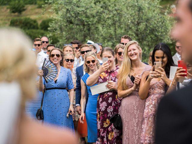 Il matrimonio di Carl e Lina a Barga, Lucca 79