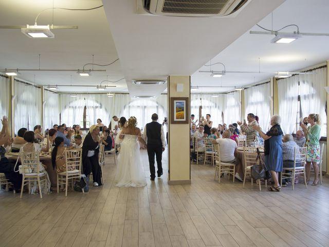 Il matrimonio di Enzo e Anna a Cogliate, Monza e Brianza 19