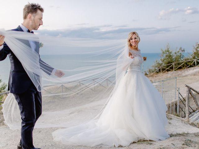 Il matrimonio di Valentina e Daniele a Ancona, Ancona 44