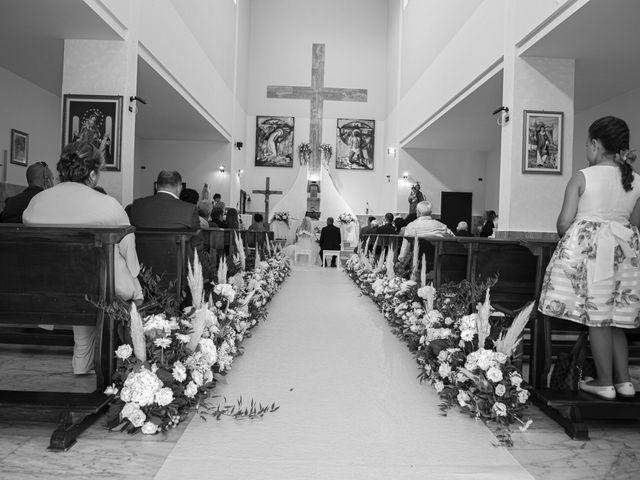 Il matrimonio di Angela e Raffaele a Capaccio Paestum, Salerno 15