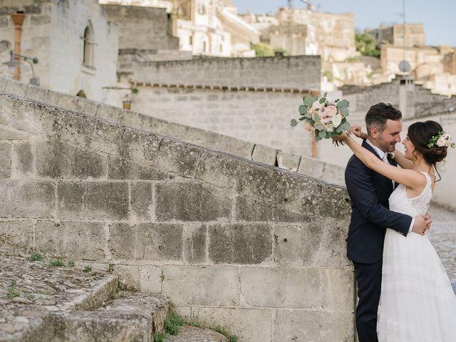 Il matrimonio di Emanuele e Antonella a Matera, Matera 40