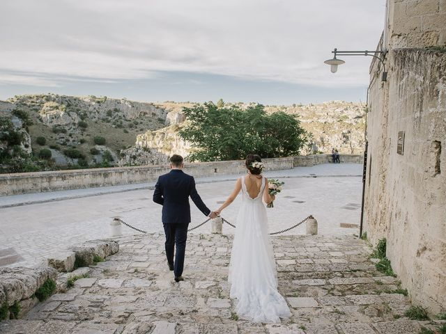 Il matrimonio di Emanuele e Antonella a Matera, Matera 43