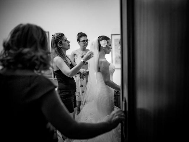 Il matrimonio di Mario e Isabella a Cirò Marina, Crotone 21