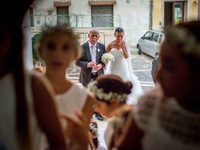 Il matrimonio di Mario e Isabella a Cirò Marina, Crotone 27
