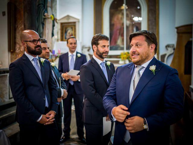 Il matrimonio di Mario e Isabella a Cirò Marina, Crotone 28