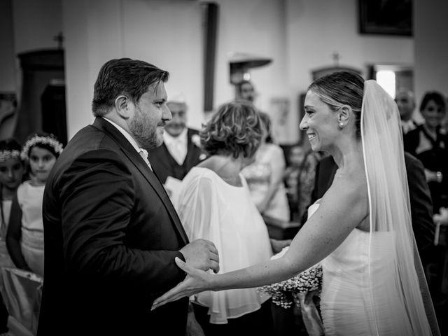Il matrimonio di Mario e Isabella a Cirò Marina, Crotone 29